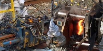 Gas_pressure_welding
